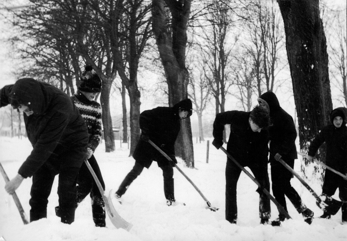 SchneekatastrophenA.JPG