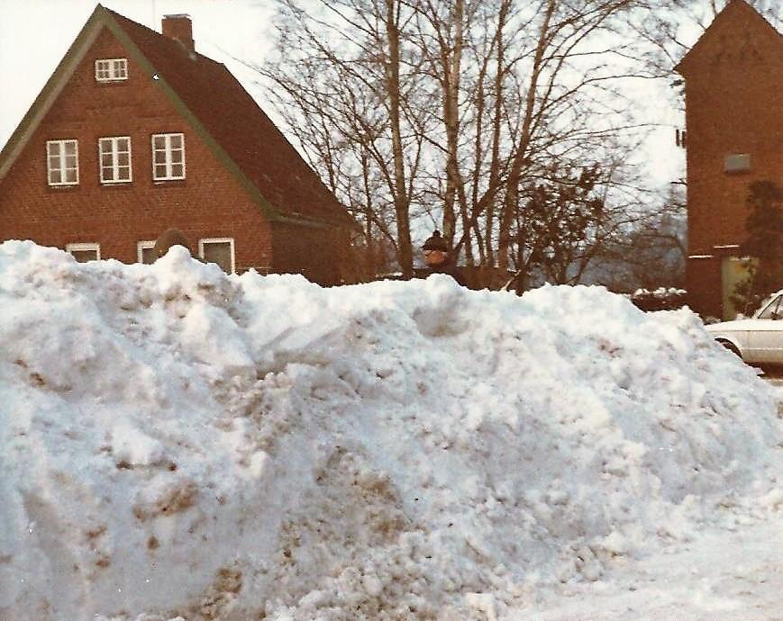 SchneekatastrophenQ.JPG